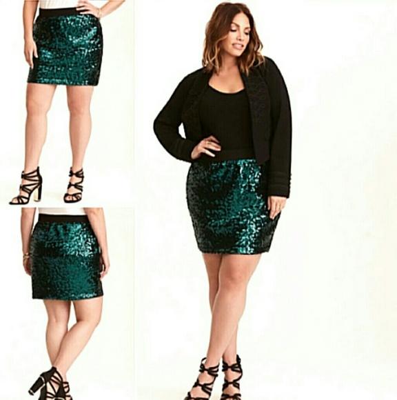 fdffc77845a 💕New Torrid Sequin Skirt ❤️